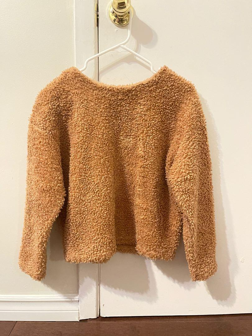 Uniqlo Fuzzy Sweater in Orange Teddy Bear