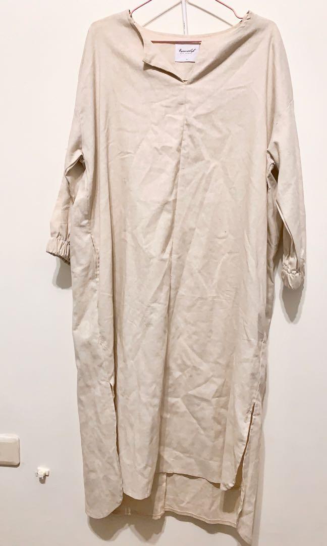 米色 棉麻 文青 洋裝