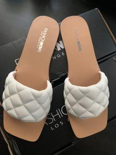 Fashion Nova slides sandals