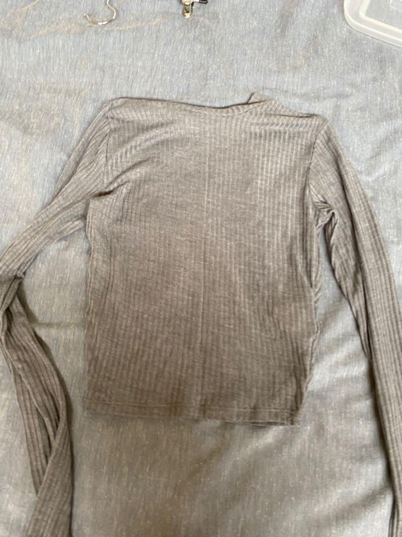 Long sleeve Hollister grey ribbed top