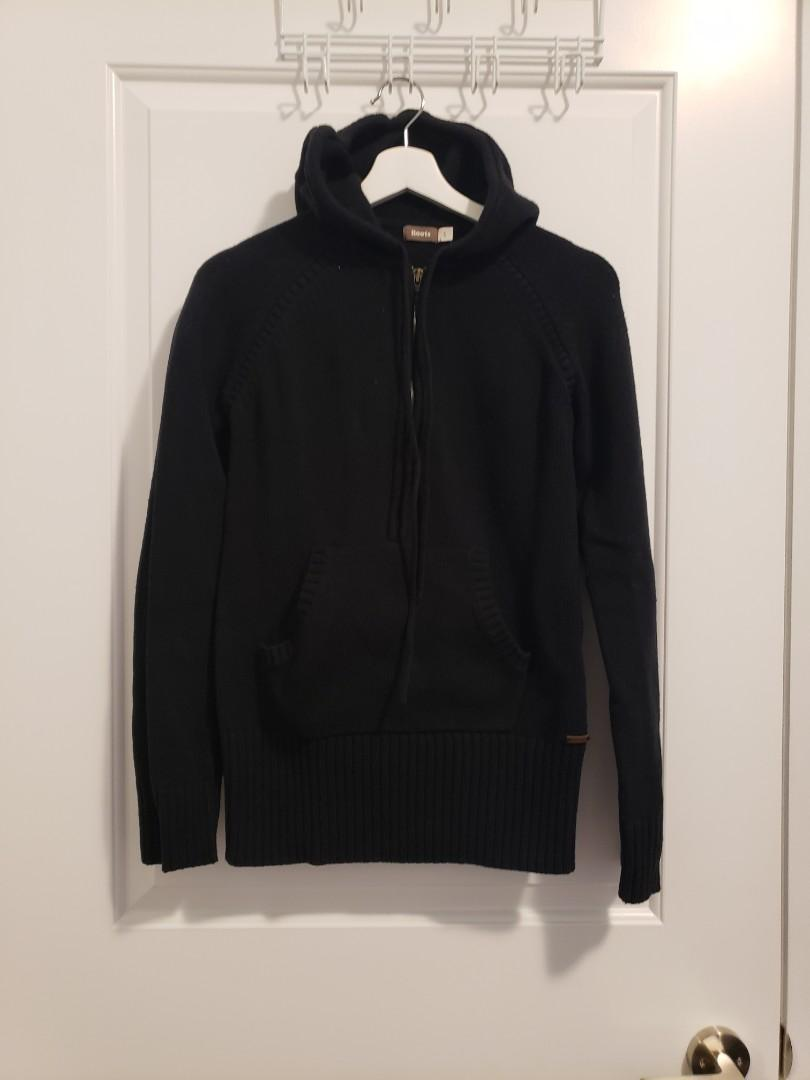 ROOTS Black Throwover Hoodie Sweater