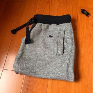 《清倉》A&F 棉質短褲-灰色