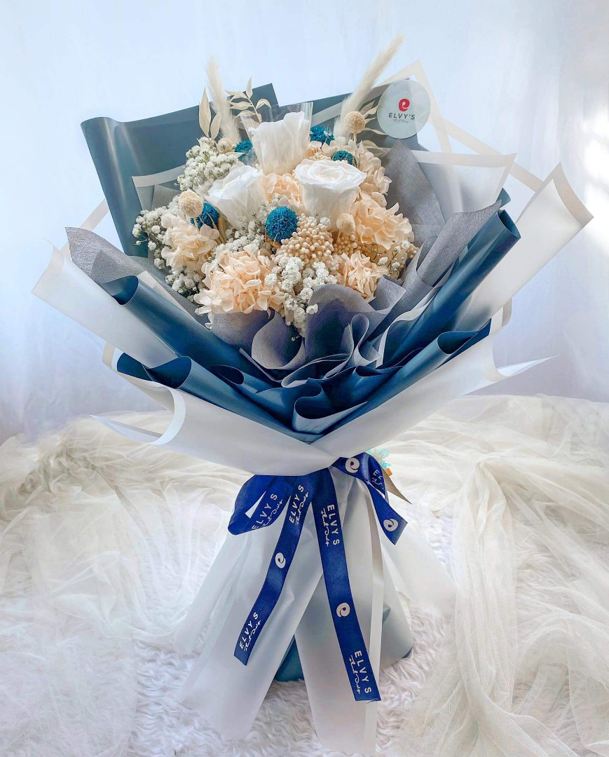 Preserved Dried Flower Bouquet Delivery Gardening Flowers Plants On Carousell
