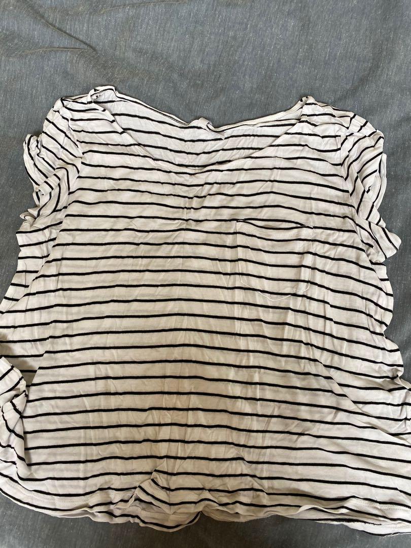 White and black stripe top