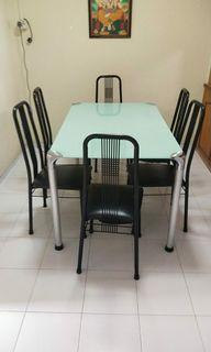 6 seater Dinning Table & Chairs