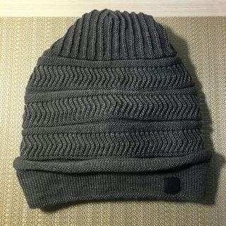 百貨專櫃鐵灰色帽子針織毛帽