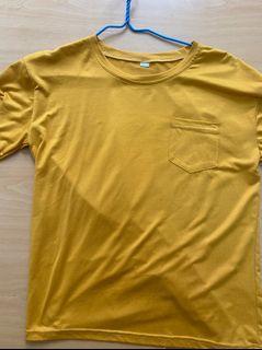 黃色 短袖
