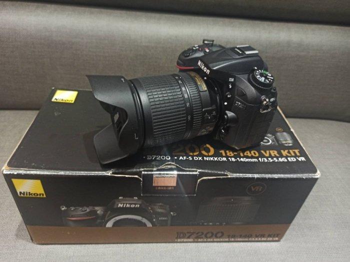 【出售】Nikon D7200 數位單眼相機 9成新 (快門數只有2400而已)