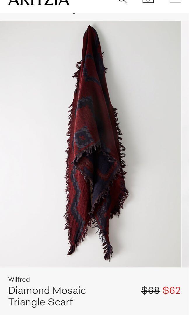 aritzia - wilfred triangle scarf