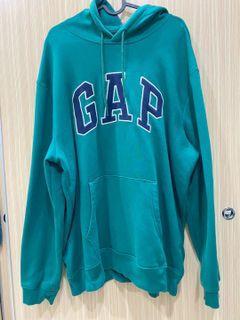 Gap 森林綠帽T