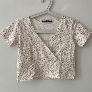 Brandy Melville White Floral Amara Top (Dupe)
