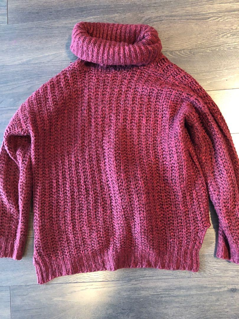 Burgundy Bluenotes Turtleneck Pullover