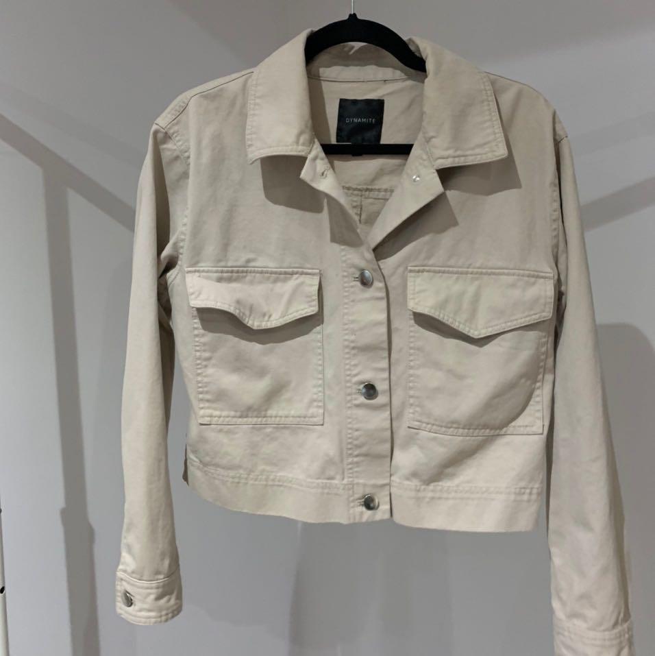 Dynamite beige crop jacket