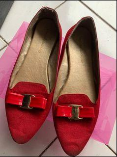 flat shoes yongki komaladi