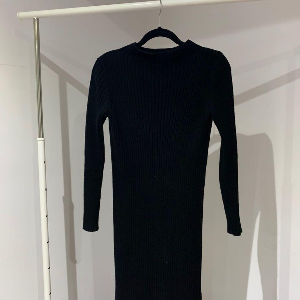 Gap black knit sweater dress