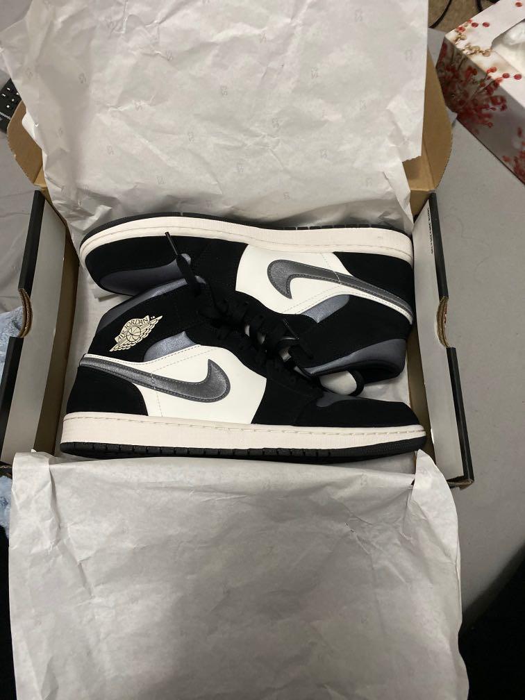 Jordan 1 Mid Satin Grey Toe size 11