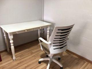Moving out sale ! French style table & chair