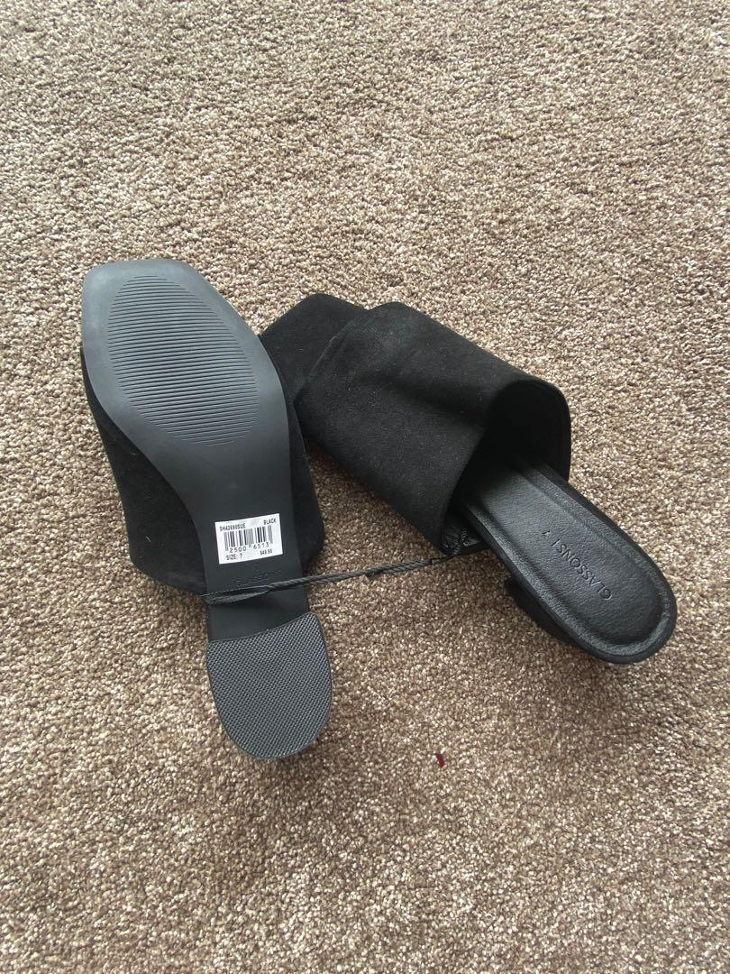 Glassons shoes