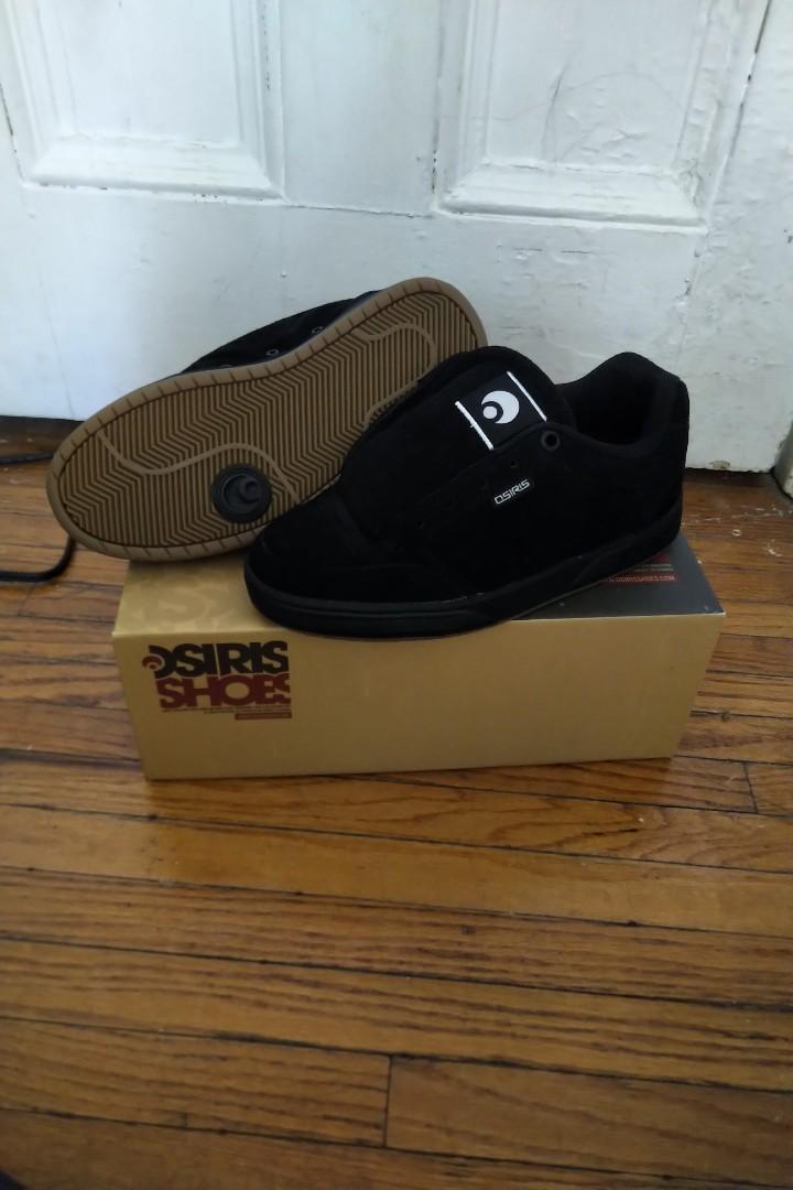 BNIB Black Suede Skate shoes