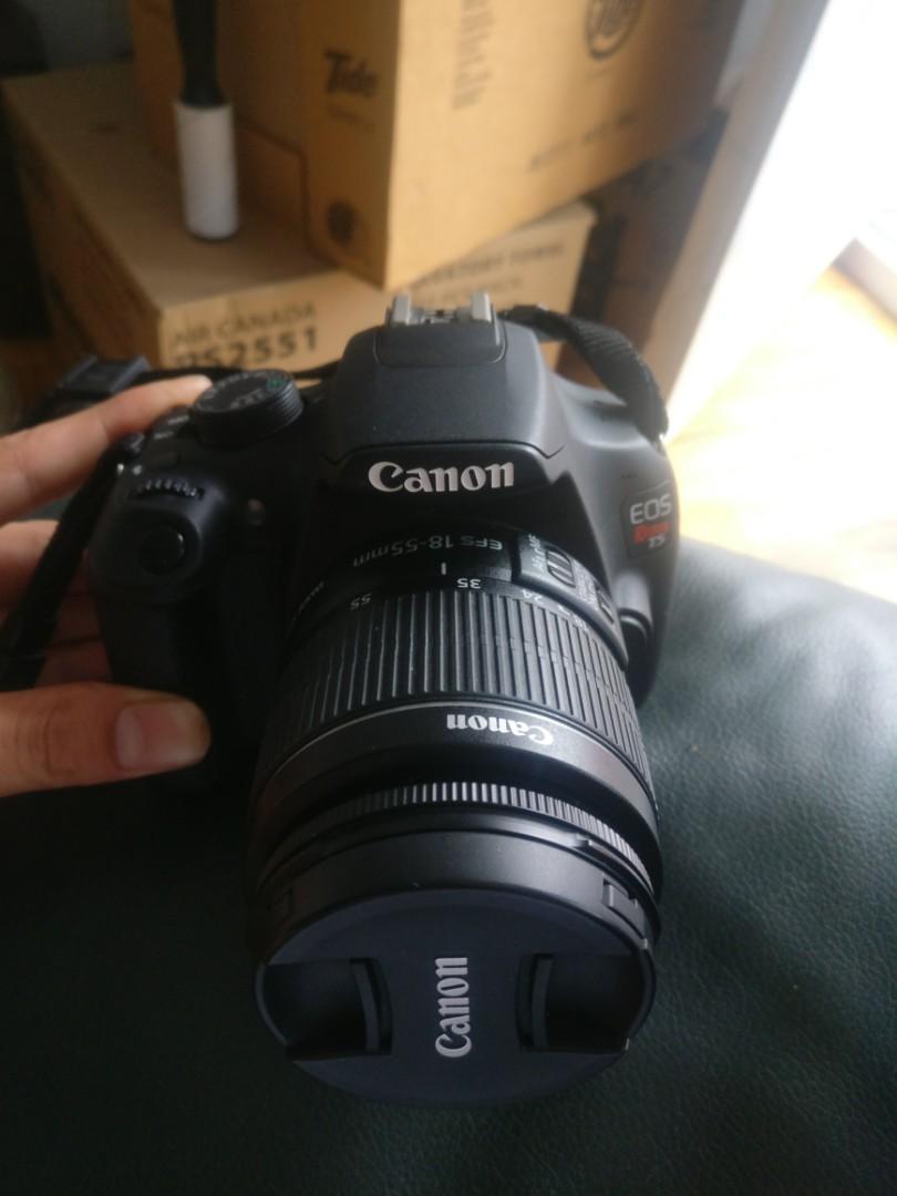 Canon EOS Rebel T5 18-55 III Digital SLR, Black.