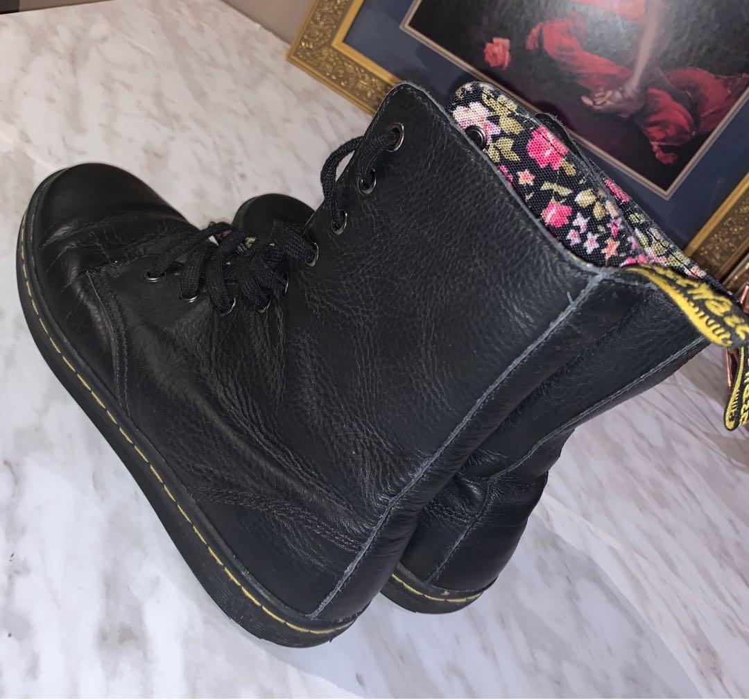 Dr. Martens Leytoon Boots •• $80 or best offer
