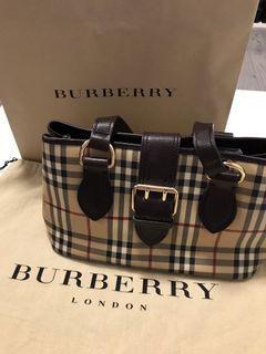 EUC Authentic Burberry Haymarket Check Shoulder Bag