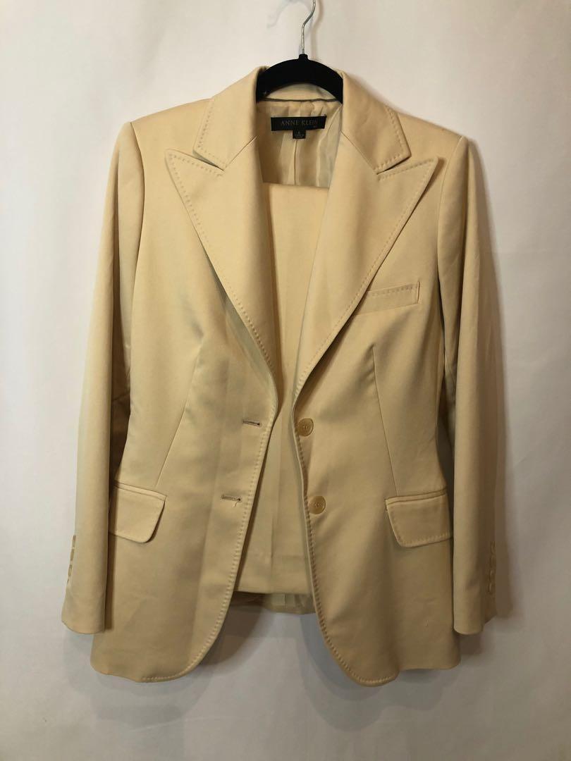 Full 2 piece pant suit