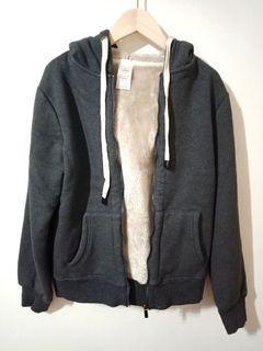 NET相似款要$1200!!! 超保暖整件都刷毛加厚款抽繩外套 #深灰色M