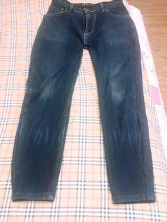 艾德恩牛仔褲