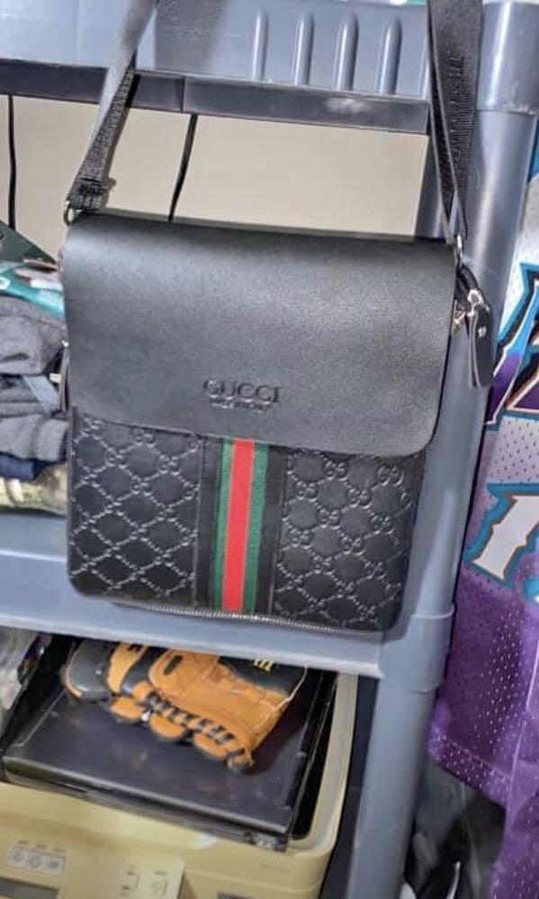 Authentic Gucci small crossbody bag