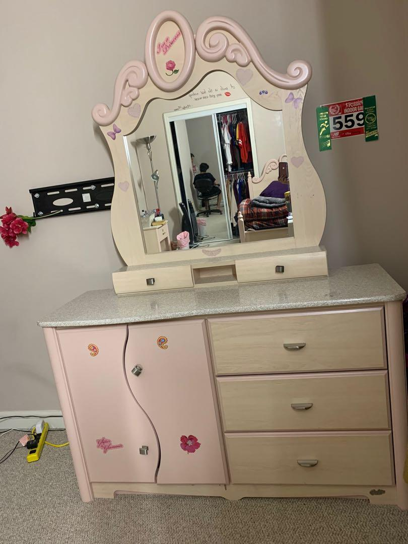 Barbie Twin Bed  Set For Princess