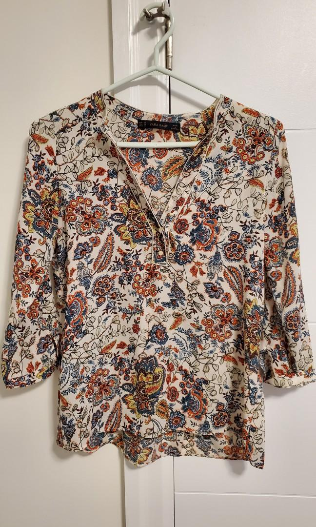 Brand new Zara Floral Top Size S