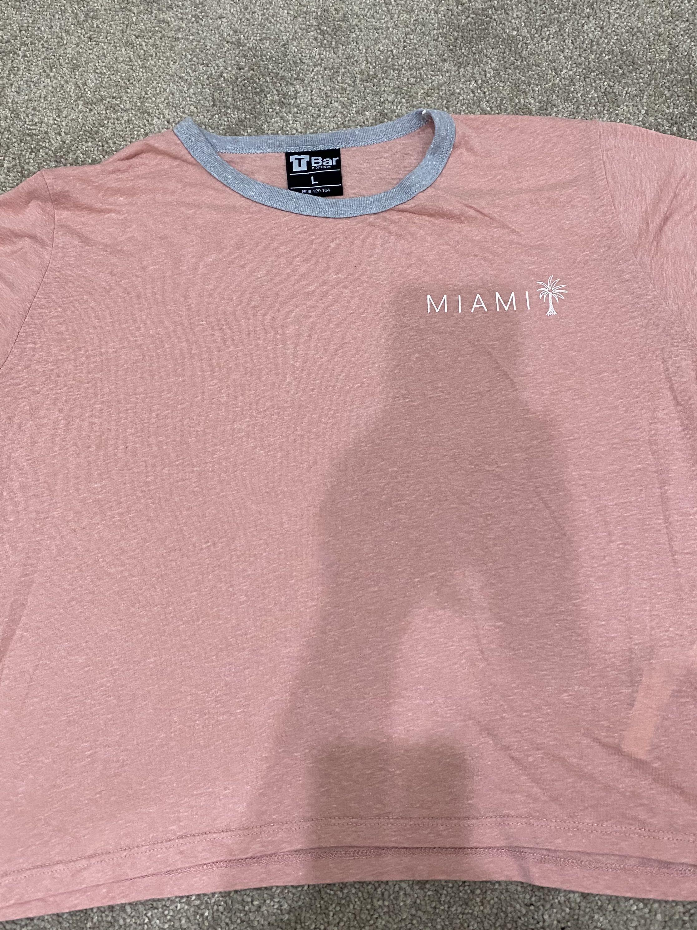 Cotton On- Miami T-Shirt