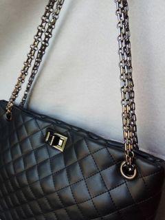 Black Quilted Chain Shoulder Bag