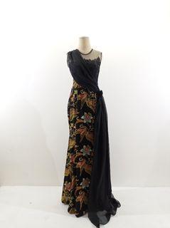 Dress batik katun motif burung kombinasi brokat dan tile dihiasi selendang sifon hitam
