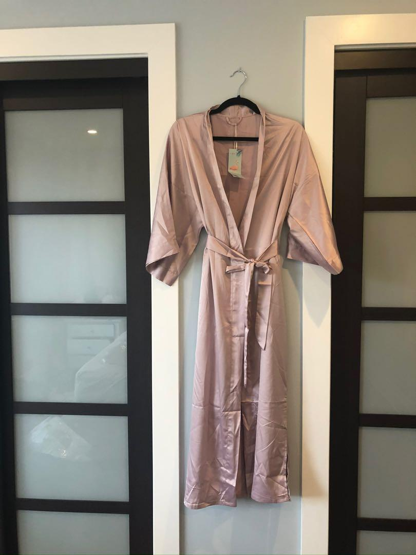 Dusty rose robe BNIB