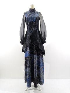 Gaun batik atbm tulis motif biru kombinasi organdhi hitam