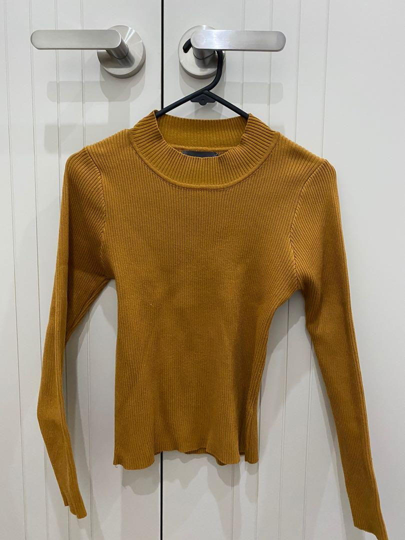 Mirrou Ribbed High Necked Long Sleeve