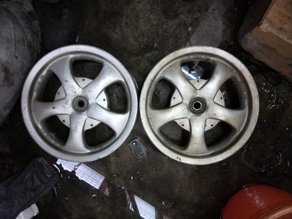 達成拍賣 鐵克諾150 12吋 後鋁圈 輪圈 輪胎 也有12吋全套零件 全車中古汽機車零件買賣拆賣 歡迎詢問