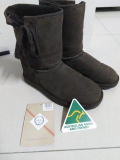 包保證正品澳州購回Ugg羊皮雪靴 超好看