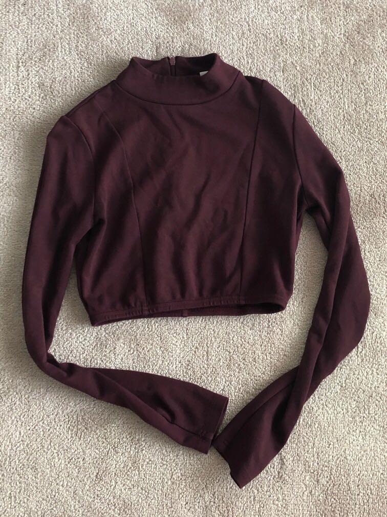Women's shirt but can fit teens/tweens