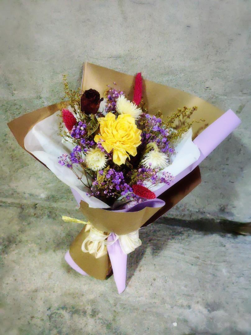 乾燥花 包裝花束 黃 滿天星 永生花