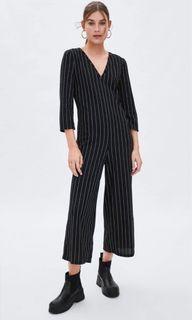 全新 Zara v領 直條紋 連身褲 寬褲