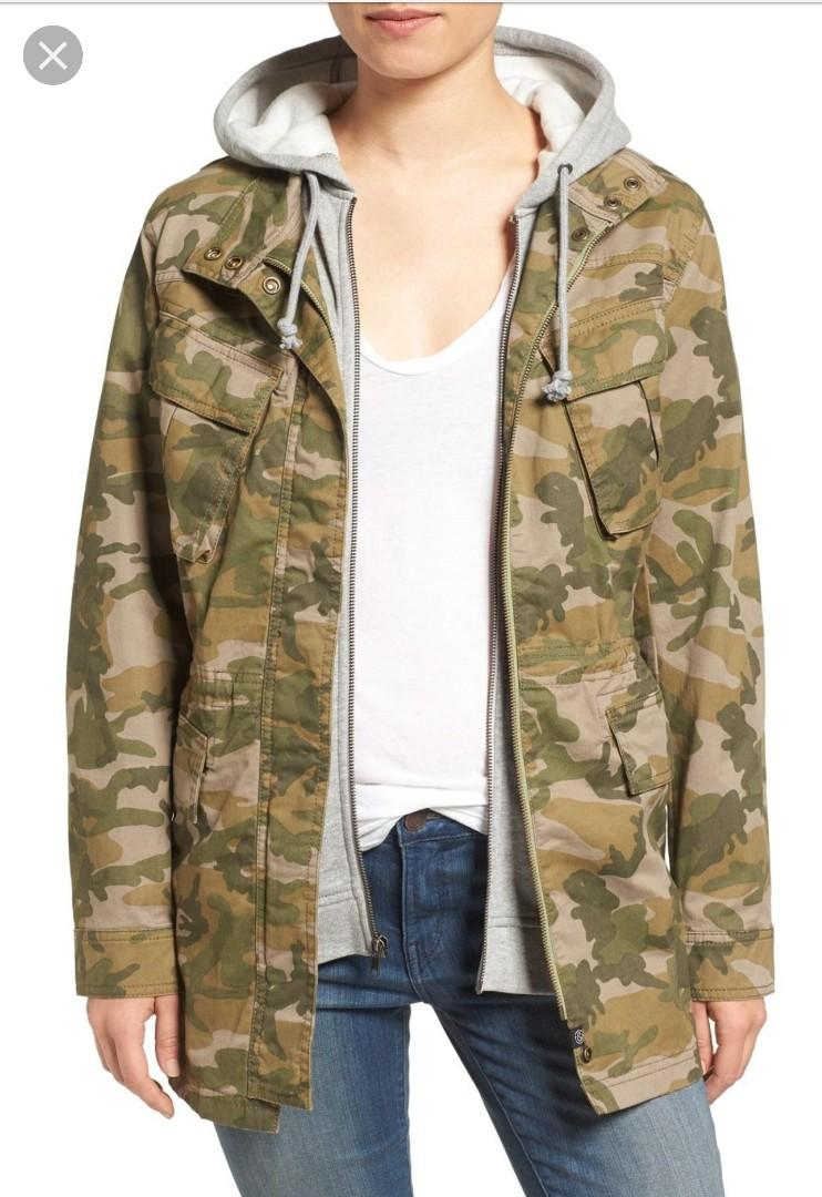 Camouflage Oversized Treasure Bond Jacket Size S