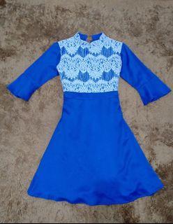 Dress biru elektrik