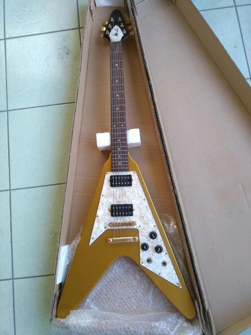 JinLi三角形電吉他