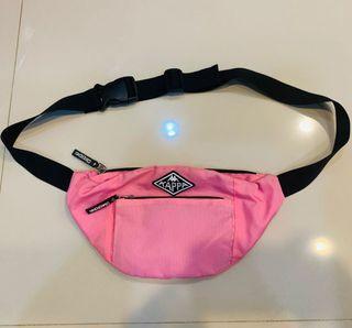 正品kappa 卡帕運動腰包 斜跨包 側背包 肩背包