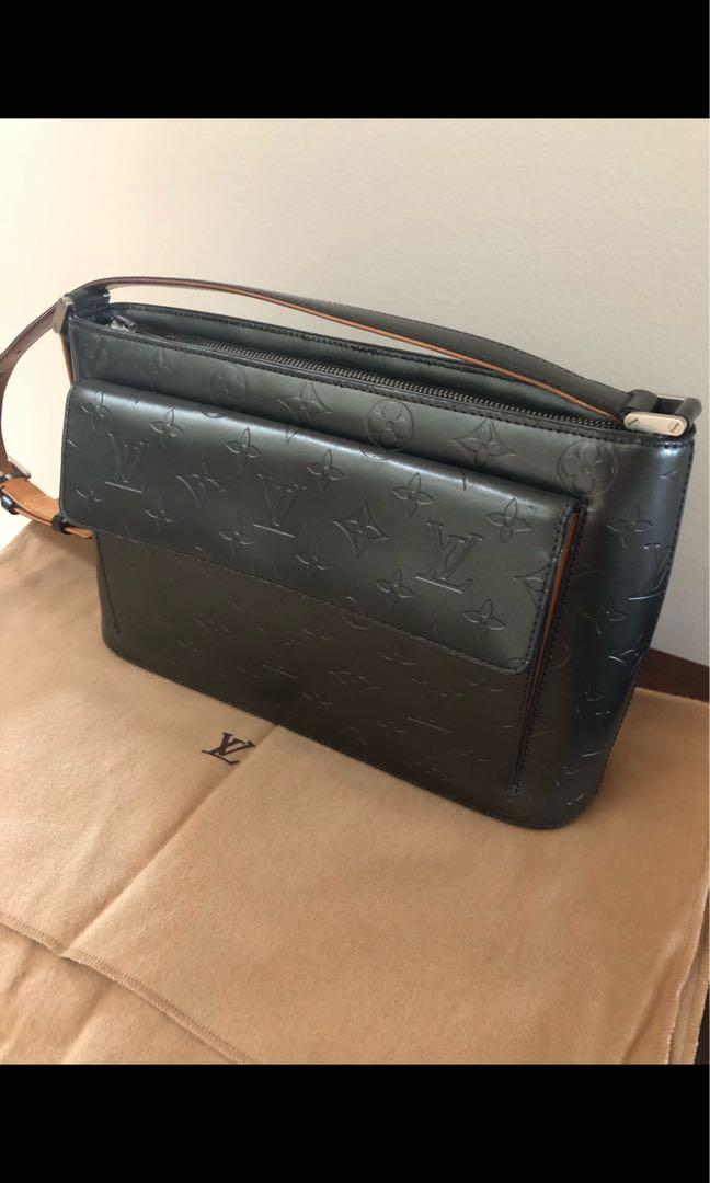Louis Vuitton Leather Shoulder Handbag
