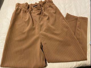 Pazzo磚紅色寬褲,實色接近近拍圖