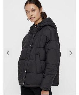 Vero Moda - Puffer Jacket with Detachable Scarf